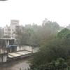 LOCKDOWNに雨が降る。