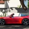 タイプ992の「ポルシェ 911 タルガ4/4 S」デビュー! 19秒でルーフの開閉が可能!