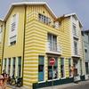 カラフルな町Costa Novaで入ったポルトガル食堂