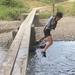 流れ橋で川遊び