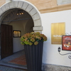 ザルツブルク・聖ペーター教会横のシックな洞窟レストラン『ザンクト・ペーター』