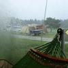 キャンプ当日に雨が降ったらキャンセルする人としない人