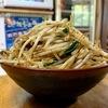 沖縄北部の沖縄そば店「前田食堂」でスパイシーな「牛肉そば」を食べました!