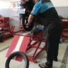 バイクのリアのタイヤとチューブを交換しました。