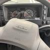 トラックの各種スイッチ・ボタンを紹介!