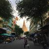 ナコンパトム 120mの仏塔がある田舎町