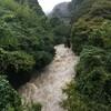 台風21号で増水中の竜田川