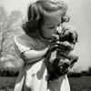 【心温まる写真】 憂うつな心を清めてくれる子供や動物の純粋無垢な写真14枚