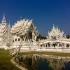 タイ・チェンライにある「白い寺(ホワイトテンプル)」が、想像以上にぶっ飛んでた
