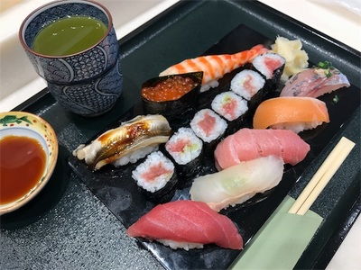 初めて豊洲市場に行きました〜天麩羅とお寿司〜
