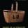 昔のビスケットの広告は boy with basket 。