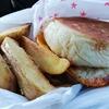 長崎に来たらぜひ:佐世保バーガー「Stamina本舗 Kaya本店」 Something I Want You to Give a Try in Nagasaki: 'Stamina Honpo Kaya Honten', A Sort of Sasebo Burger
