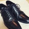 革靴を修理と買い替えで悩んでいる話