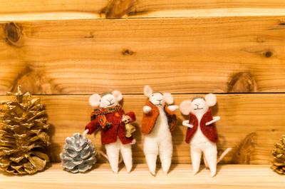 【クリスマスの飾り付け】我が家のかわいいクリスマスグッズを紹介します。カフェっぽくなってきました!