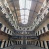 ブラジルの刑務所が危険すぎる。斬首て。なぜこんな状態になっているのか?