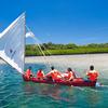 パラオ独立記念日のパレードに伝統式ヨットで参加!
