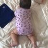 【次女の成長】0歳3ヵ月 ちぎりパンを巧妙に使いこなし寝返りマスターとなる