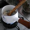 長袖の日は、ほうじ茶ミルクティー。