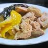 鶏もも肉とレモン、セージの煮込み