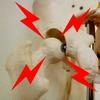 """【スクワット】股関節の""""痛み・詰まり""""を改善!即効性抜群の3つのストレッチ方法とは?"""