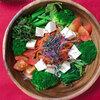 【サラダ混ぜご飯レシピ】 今日もゆるベジタリアン流「海藻と豆腐のサラダ混ぜご飯」でお腹いっぱい!