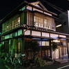 創業1909年!老舗の鶏鍋屋『鳥栄』は徹頭徹尾シンプルで古風な店だった@湯島