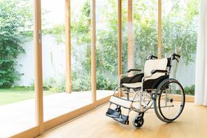車椅子用クッションのレンタルと購入の費用は?