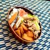 焼き鮭とチンゲン菜と豚コマの中華炒め弁当