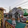 スリンの(象祭り)を見に行こう! ローカルな雰囲気が最高です。