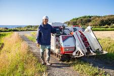 惚れ込んだ田園風景を守るために佐渡島へ移住して、未経験から米農家を始めた5年間の話【いろんな街で捕まえて食べる】