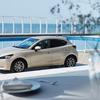 MAZDA2の2021年商品改良が正式発表、SKYACTIV-G 1.5改良に加えて新たな特別仕様車「Sunlit Citrus(サンリット シトラス)」も追加。