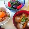 いわしのつみれ汁と卵かけ納豆ご飯