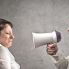 旦那がすぐに怒るのはなぜ?売り言葉に買い言葉の不毛な夫婦喧嘩はすぐにやめるべきです!
