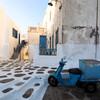 ミコノス島 白い街の可愛い路地裏で「おすすめ朝食」 ポポロ(Popolo)