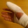 指は重症でした。今年はチェーン除草できなさそう…