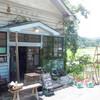 旧木造郵便局舎の雑貨屋さん『はなれ古舎』でノスタルジックな時間を過ごす。