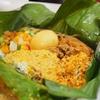 池袋の外国人向けマンションの中にあるスリランカ料理フロリダ亭でバナナリーフカレーを食べる