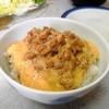 スタミナ!【1食88円】生卵入りとろろ納豆もち麦丼の自炊レシピ