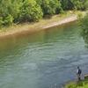 初夏の豊平川にて、釣れますかね?