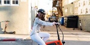 クロスバイク女子におススメの可愛いヘルメット3選