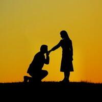 世にも奇妙なプロポーズ!?