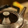 本当に美味しい熱燗の作り方。日本酒は温度を上げるだけでもレンジは絶対NG!