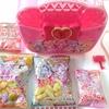 プリキュアのお菓子の詰め合わせケース!