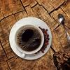マクドはコーヒーMサイズ150円、ミスドはコーヒー270円(おかわり自由)