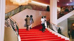 ようこそ、3時間だけトリップできる夢の世界へ! 宝塚歌劇へのお誘い