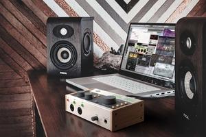 UNIVERSAL AUDIO、アナログ・トーンを追求した手ごろなオーディオ・インターフェースVolt発表