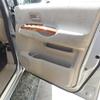 セレナのバッテリー交換と温度計設置。
