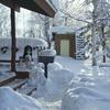 雪の郵便受け