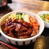【川内ホルモン】ビジュアルも味も納得の焼肉丼(安佐南区緑井)