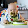 食べ物の研究を始めて(遊ぶようになっただけ)いよいよガーゼの消費がえげつない(生後8ヶ月)